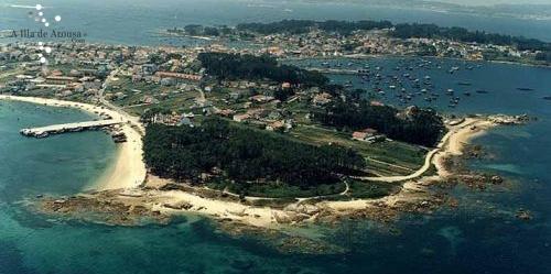 Playa y Muelle de Cabodeiro